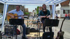 Rheinradeltag Akustik Rock Duo Annabelle und Stephan